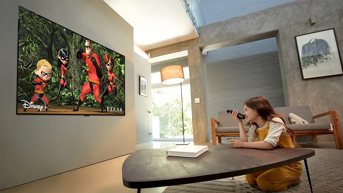 lg-oled-gx9la-4k-oled-tv-lifestyle-3